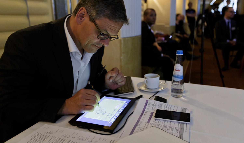 Digitales Zeichnen auf dem Innovationsforum 2015 in München mit dem Microsoft Surface Pro2 1